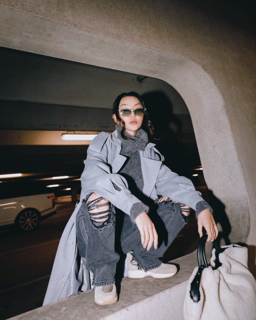 fashion blogger jessica wang carries a faux shearling tote and shares fall 2020 handbags // Jessica Wang - Notjessfashion.com
