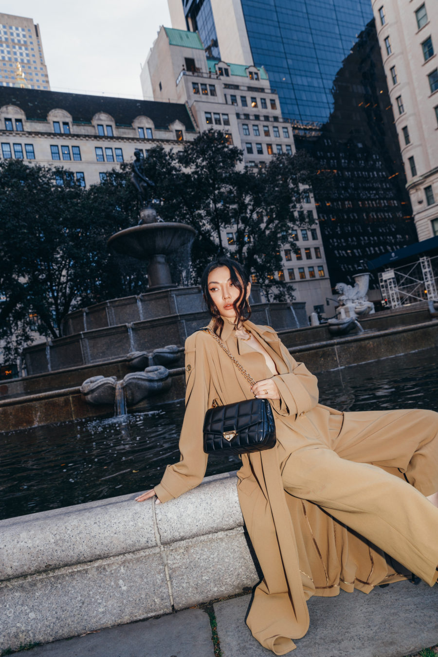 jessica wang wearing michael kors outfit and sharing black friday sales // Jessica Wang - Notjessfashion.com
