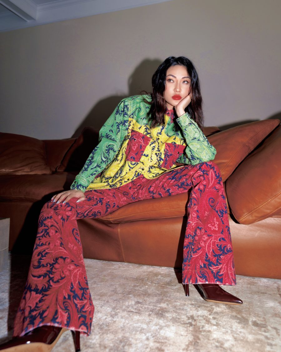 fall street style looks featuring Jessica Wang wearing a matching outfit with printed button up shirt and printed wide leg pants // Jessica Wang - Notjessfashion.com