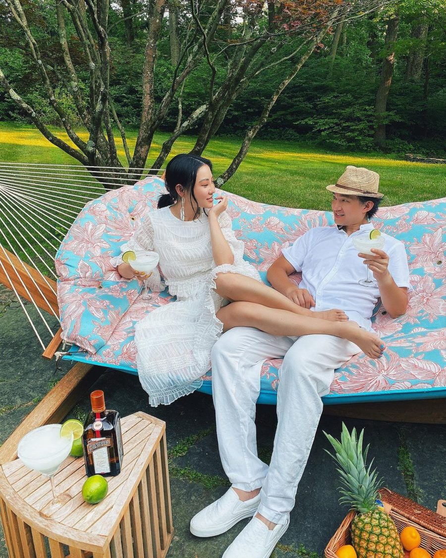 jessica wang wearing a white maxi dress while sharing last minute father's day gifts // Jessica Wang - Notjessfashion.com