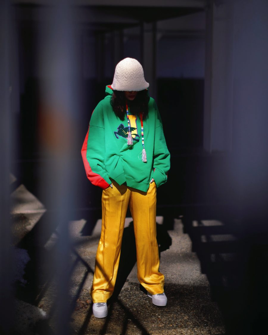 jessica wang wearing a green hoodie and shearling bucket hat // Jessica Wang - Notjessfashion.com